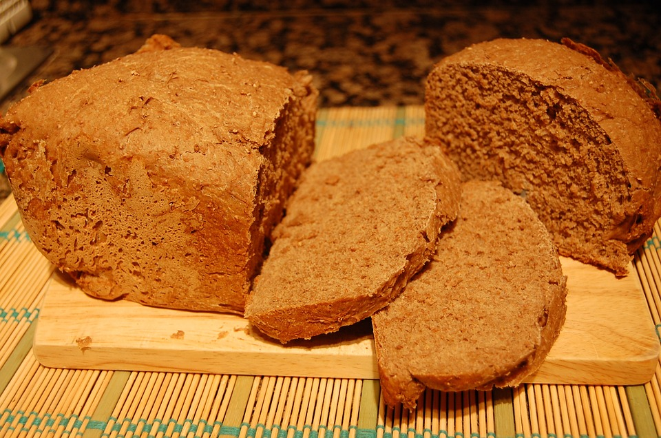הרגילו את ילדכם לאכול לחם מקמח מלא