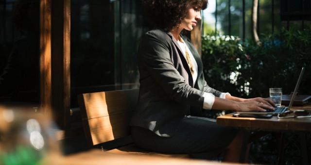 איך ישיבה על כיסא ארגונומי יכולה להקל על הפרעות קשב וריכוז?